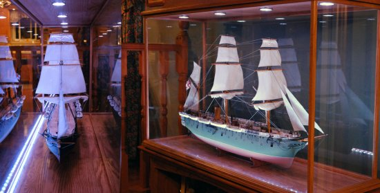 Image of model display